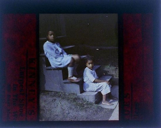 charles-c-zoller-two-girls-1907-1932-autochrome