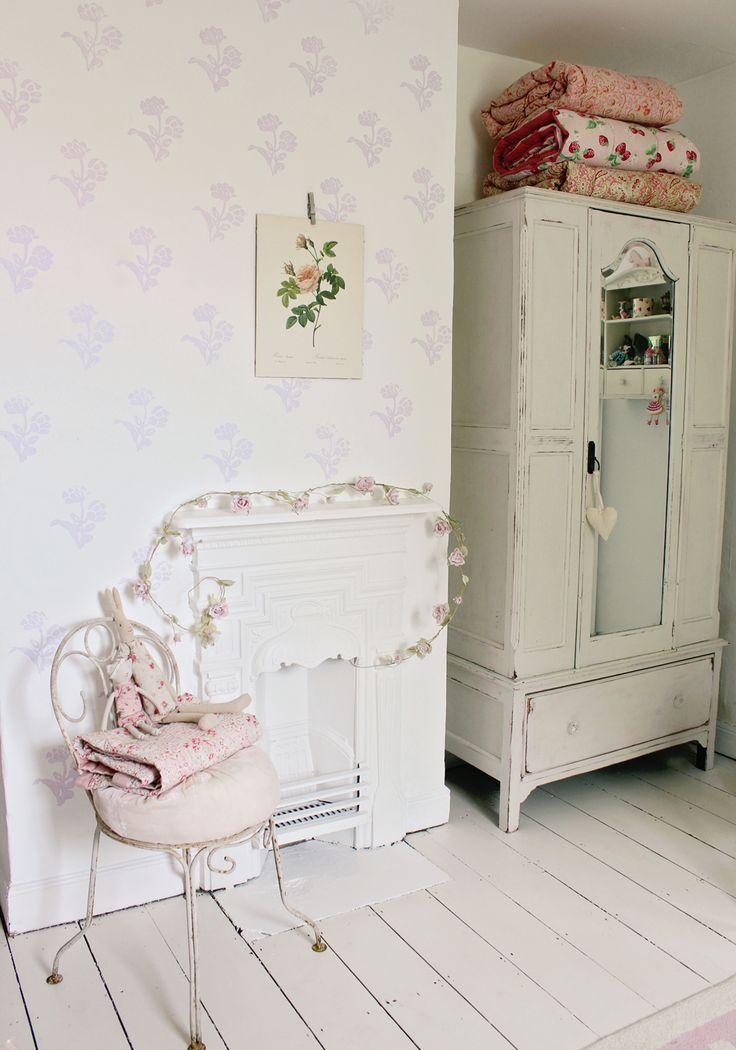 643 best images about country chic on pinterest for Country shabby chic bedroom ideas
