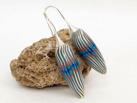 Wunderschöne außergewöhnliche meeresfarbene Ohrpendel aus handgefertigten Polymer Perlen / Fimoperlen an Edelstahlhaken. Gesamtlänge ca. 6cm  Alles von mir handgefertigtes Unikate. leicht, Licht- und Farbecht.