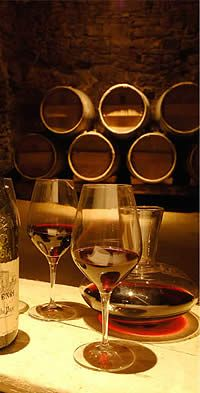 #French #Wine - La Cave du Verger des Papes - Tasting wine from Chateauneuf du Pape http://www.thefrenchpropertyplace.com