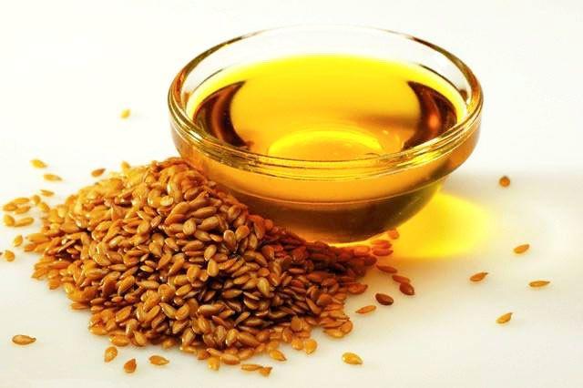 Льняное масло: польза и вред. Как принимать льняное масло