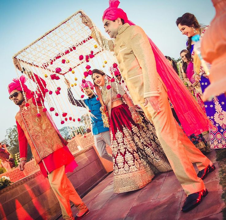 Disha & Aalok, Jaipur Decor @horizon_wie MUA @pakkhi Lehenga @sabyasachiofficial Hair @ritikahairstylist #themoment #dishlok #indianweddingphotographer #jaimahalpalace #herecomesthebride #jaipurwedding #indianwedding #brides #brideentry #happiness #candidphotography #shadesphotographyindia #weddinginspiration #sabyasachibride #lehengainspiration #phoolonkichaadar #destinationwedding #photographer #weddingphotography