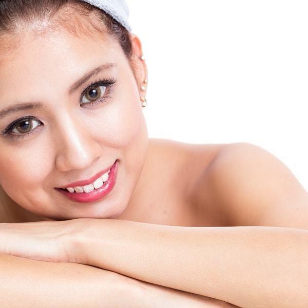 Get #beautiful #skin the natural way. www.badeshaa.com