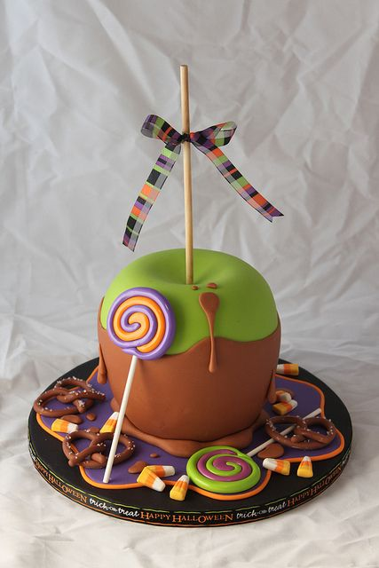 Giant Toffee Apple Cake