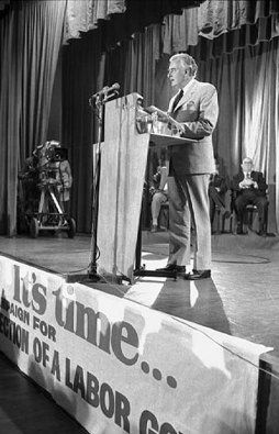 "It's Time: Whitlam's 1972 Election Policy Speech Nov 13, 1972 The policy speech delivered by Gough Whitlam for the 1972 Federal elections is one of the few such speeches that are remembered decades on. In it, Whitlam set out the ""program"" he intended to implement in government.  - See more at: http://whitlamdismissal.com/1972/11/13/whitlam-1972-election-policy-speech.html#sthash.pMvjdiPl.PsDWJ4ic.dpuf"