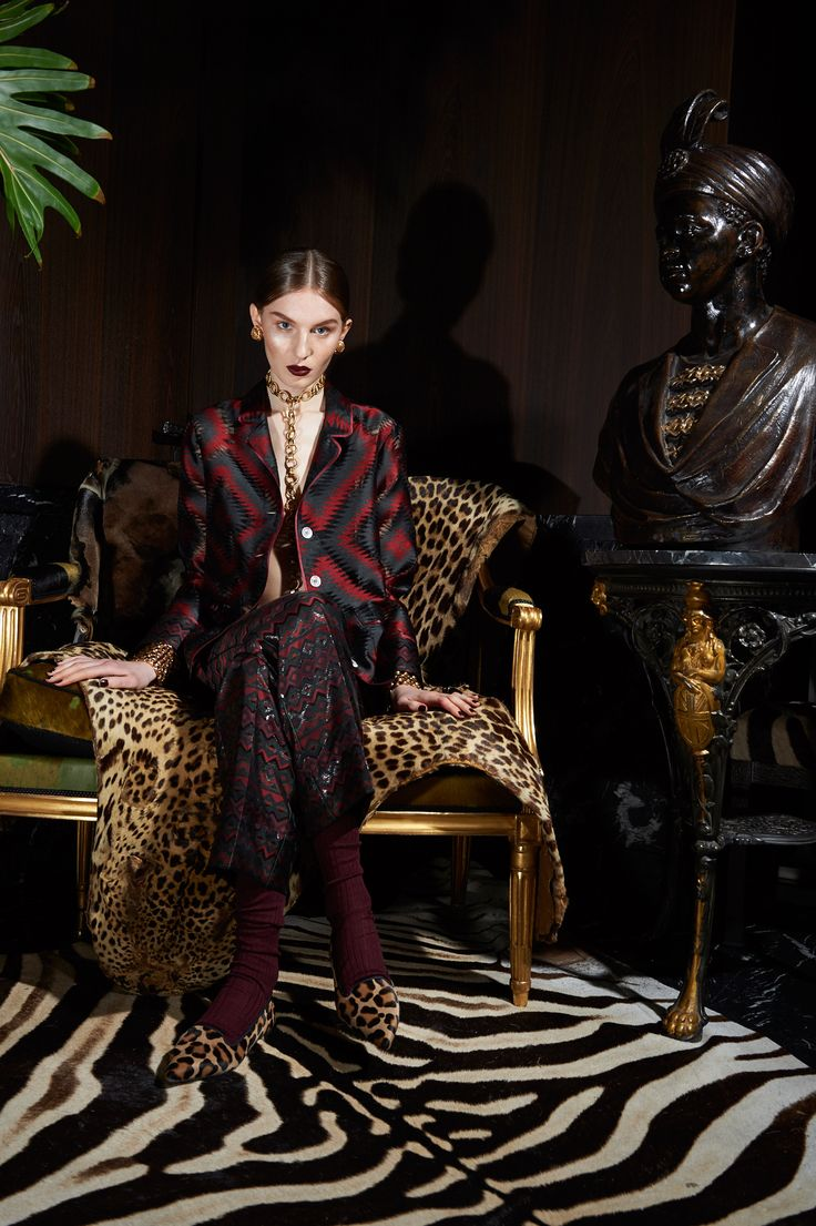 For Restless Sleepers Fall 2016 Ready-to-Wear Collection Photos - Vogue