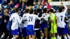 Die deutsche Fußball-Nationalmannschaft bestreitet am Freitag (20.45 Uhr/RTL) in Serravalle gegen San Marino ihr 922. Länderspiel. Die Bilanz ist mit 536 Siegen, 185 Unentschieden und 200 Niederlagen ebenso positiv wie das Torverhältnis von...