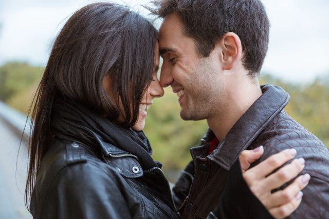 5 Ways To Fall In Love With Your Spouse Again