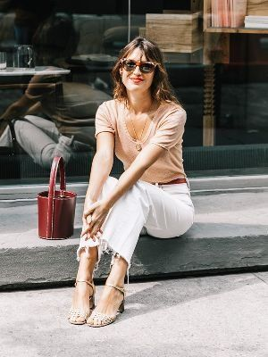 A neutral palette screams casual & chic! | How to Master the Casual French Chic Style