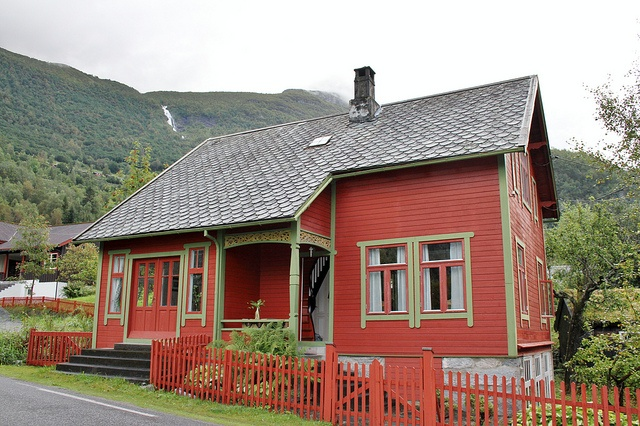 Red With Green Trim Red Houses Pinterest Cottages