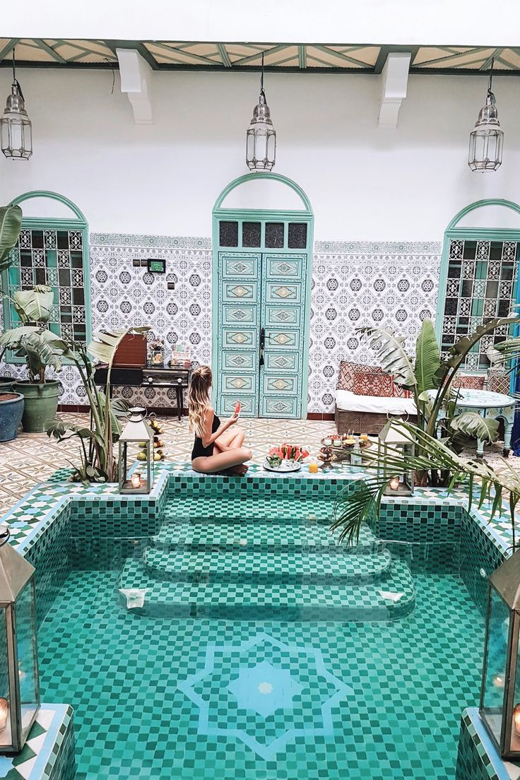 By the pool, Marrakech | Morocco: http://www.ohhcouture.com/2017/06/monday-update-49/ #leoniehanne #ohhcouture