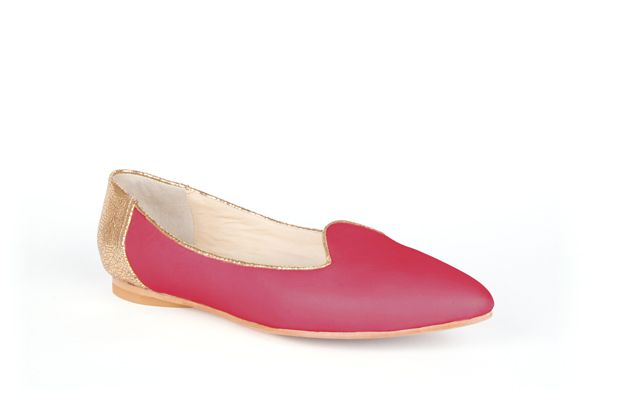 The Feminine Slipper by Poppy Barley Made to Measure, colour blocked in Metallic Gold and Peony. #Customize your leather colours and hardware. #Handcrafted to your measurements. #Flats #BalletFlats poppybarley.com