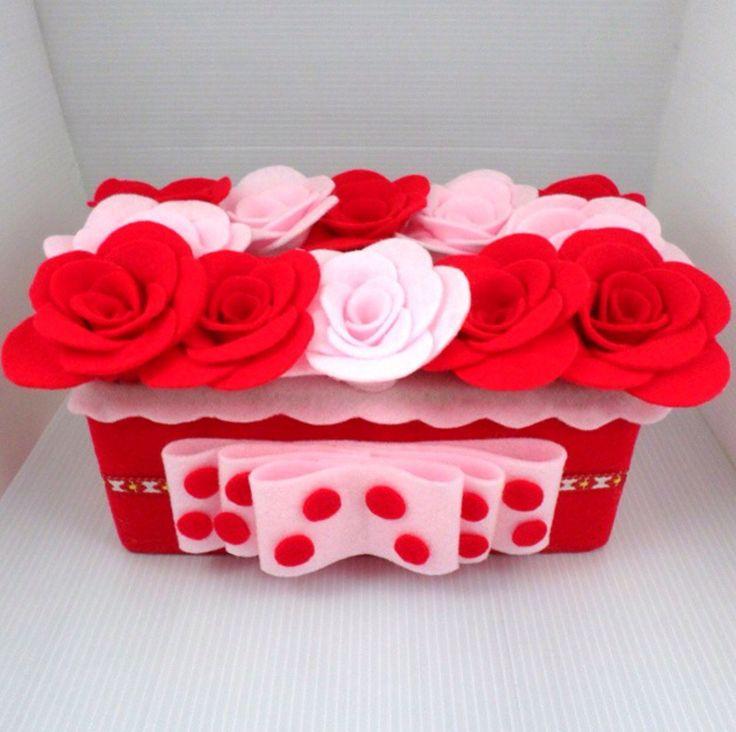 kotak tissue flanel uk. 21 x 10.5 cm, bisa request design cek di www.tokobelibeli.com