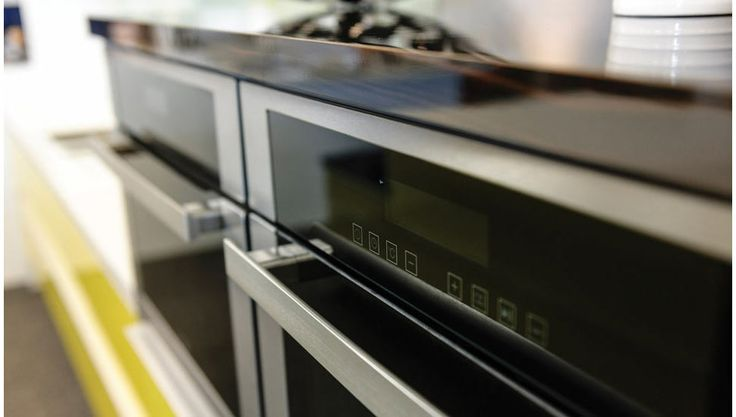 Top quality European appliances in a Craftsmen range kitchen.