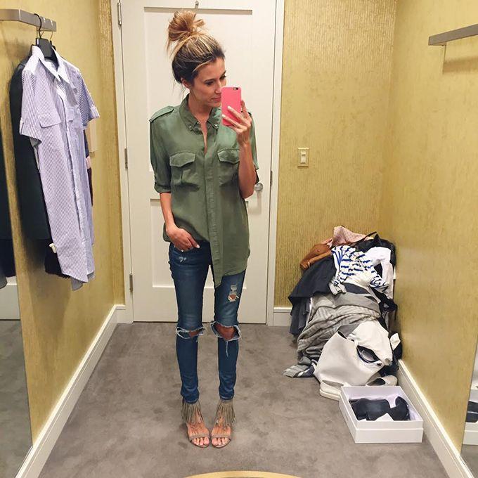 Camisa de seda verde e jeans skinny | Christine Andrews