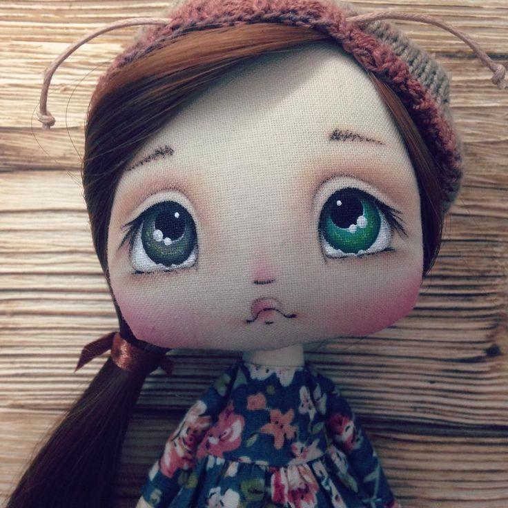 Молька Пока только анонс. Сидим дома, отращиваем крылышки:) #куколки #куколка #куколкаручнойработы #интерьернаякуколка #текстильнаякуколка #кукла #кукларучнойработы #интерьернаякукла #текстильнаякукла #куклаизткани #текстильнаякукларучнойработы #авторскаякукла #кукланазаказ #куклаизткани #куклавподарок #рукоделие #своимируками #хендмейд #handmade #авторскаяигрушка #текстильнаяигрушка #интерьернаяигрушка #artdoll #doll  #подарокдевочке #подарокдочке #подарокмаме #подароксестре…