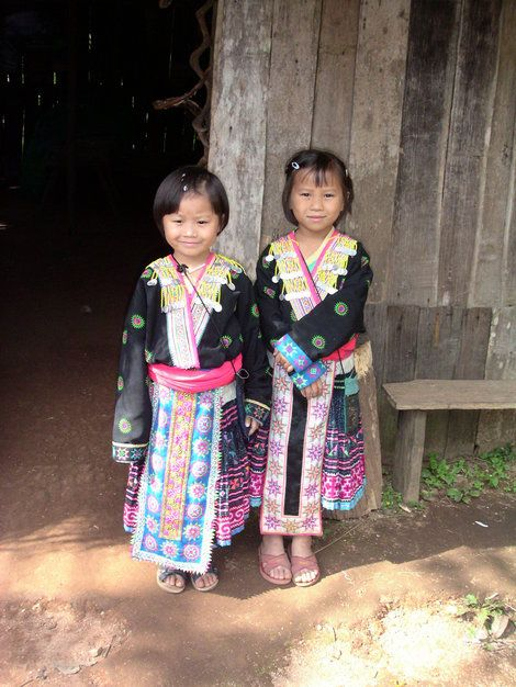 (via アンダマン航海日誌 ―山岳少数民族の女の子 タイ)