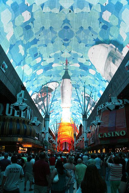 3 Awesome things to do in Vegas besides Gamble