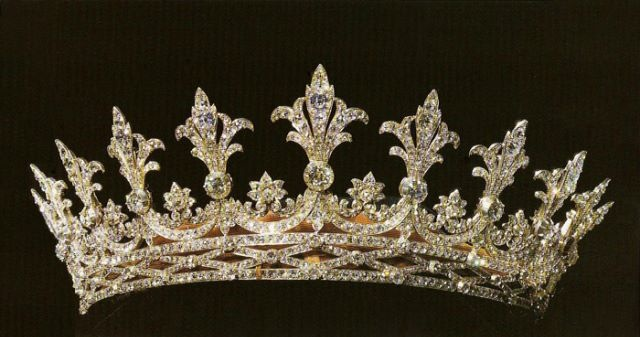 Hessian tiara worn by Princess Alice of Great Britain, Princess Louis and Grand Duchess of Hesse and by Rhine