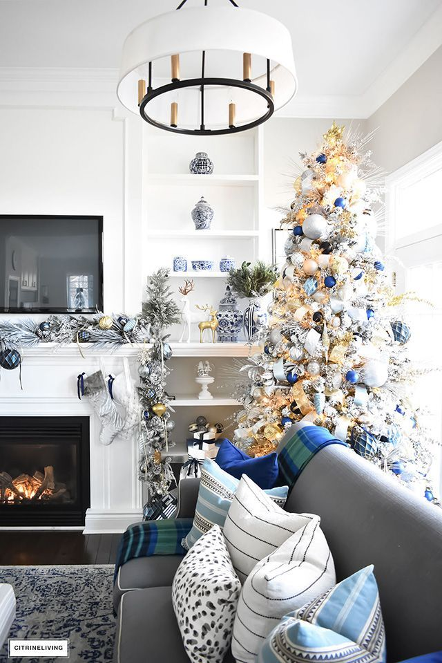 Blue And White Christmas Living Room Citrineliving Blue Living Room Decor Blue And Gold Living Room Silver Living Room