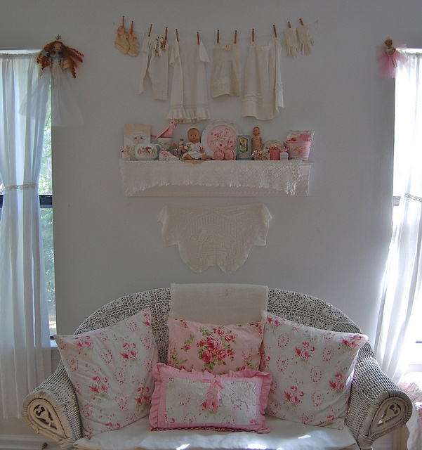 A lovely place to sit in my sewing room by Sweet Vintage Rose Cottage, via Flickr: Vintage Sewing Rooms, Crafts Rooms, Rose Cottages, Cottages Chic, Rooms Ideas, Sweet Vintage, Vintage Roses, Crafty Rooms, Sewing Rooms Crafts
