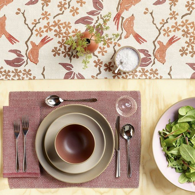 David Mellor 'Pride' Cutlery with Heath Ceramics Tableware. #cutlery #dinnerware #ceramics #placesetting #tablesetting