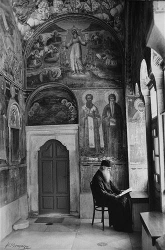 Μοναχός στο Αγιον Ορος, Μονή Ξηροποτάμου...φωτ.Κώστας Μπαλάφας