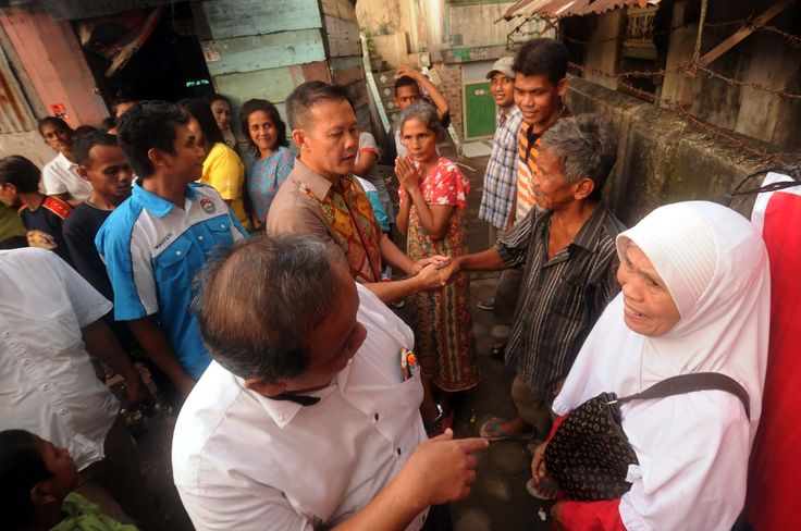 Kak Wari Dinilai Patut Memimpin Sumsel 2018 Mungkin bagi masyarakat Sumatra Selatan khususnya palembang sudah tidak asing lagi dengan sosok yang sering dipanggil Pak wari Pas Aswari atau yang mempunyai nama lengkap H. Saifudin Aswari Rivai SE. Beliau lahir di Lahat Sumatra selatan tepatnya lahir pada tanggal 20 oktober 1963. Beliau seorang Bupati Kabupaten Lahat yang sudah menjabat selama 2 poriode. Hal ini membuktikan bahwa beliau benar-benar dipercayai warga Lahat sebagai seorang pemimpin…