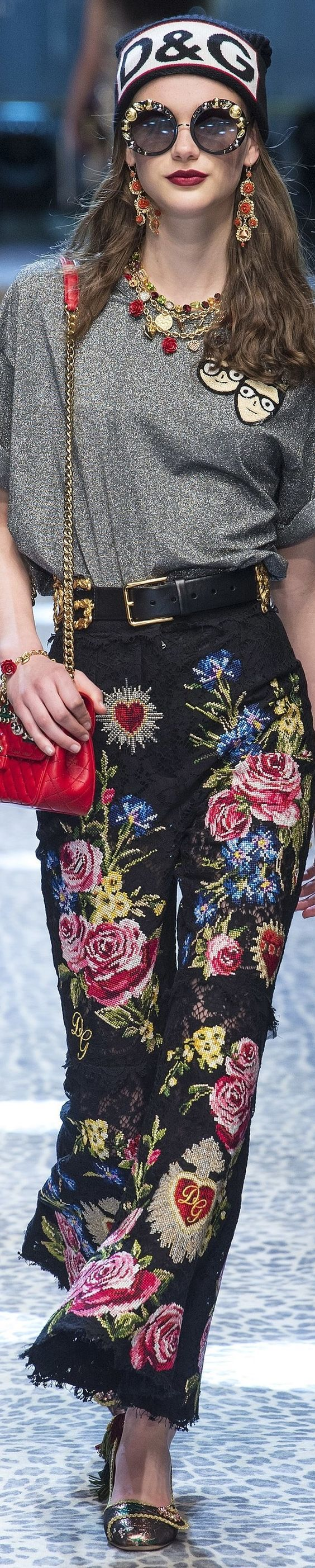 Dolce & Gabbana Fall 2017 Fashion Luxury Details