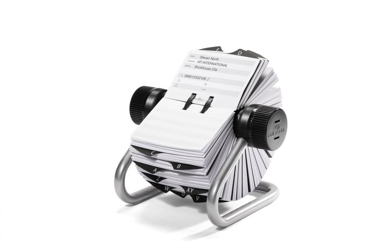 An elegant way to store up to 1000 addresses with the Visifix® Rotary file. Available in two colours, black and silver.
