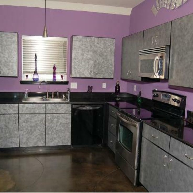best 25 purple kitchen walls ideas on pinterest purple. Black Bedroom Furniture Sets. Home Design Ideas