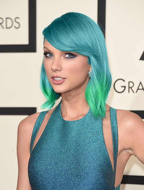 This mermaid scales-inspired color. | 12 Ways Taylor Swift Could Dye Her Hair Like A Magical Unicorn