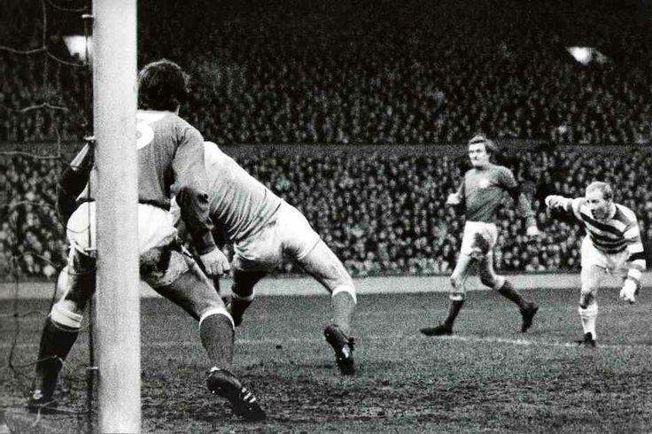 Celtic 2 Rangers 1 in Jan 1972 at Parkhead. Jimmy Johnstone heads Celtic's first goal #ScotDiv1