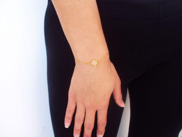 Pink Clover Bracelet, 14k Gold Bracelet, 14K Clover Charm, Birthday gift for best friend, Wife Birthday Gift, Bracelet for Best Friend by VasiaAccessories on Etsy