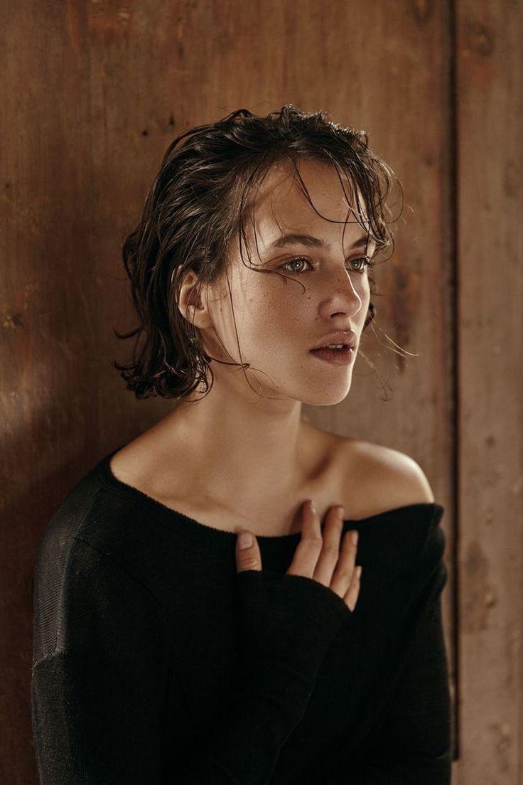 Jessica Brown Findlay (1989)