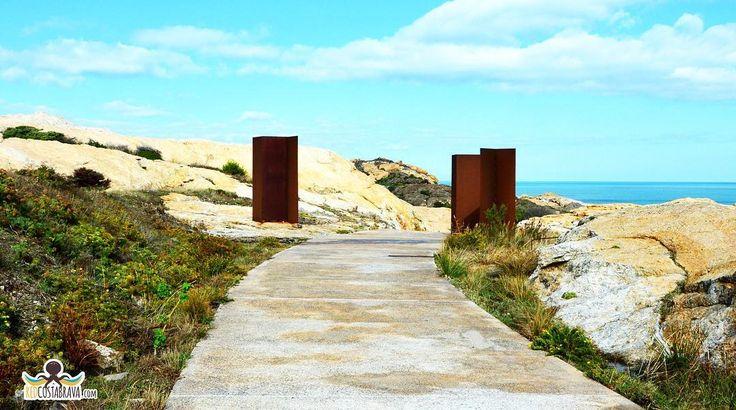 El Pla de Tudela mirador de la Mar d'Amunt http://ift.tt/2fDNk1Z #redcostabrava  #costabrava #viaje #girona #emporda #catalunyaexperience #catalunyafotos  #bestplacestogo #mediterraneo  #travel #traveling #picoftheday #fotodeldia #КостaБрава ..  info http://ift.tt/1EOM95f