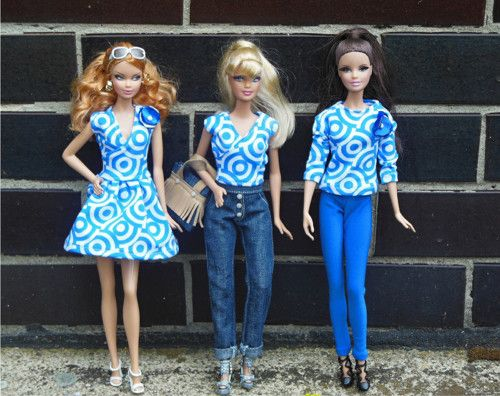Outfit pro panenku Barbie (jeany, top, kabelka)