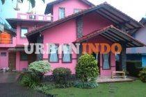 Villa 3 Kamar 2 Lantai, Full Perabotan, Water Heater, TV.