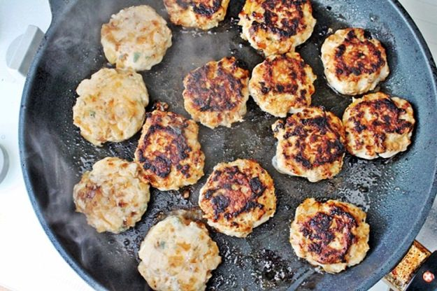 Chicken, Apple and Sage Sausage Patties | Fall Recipes | Pinterest