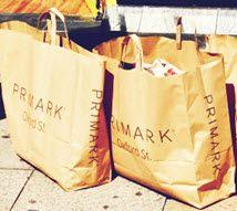 primark-tassen-met-goedkope-kleding