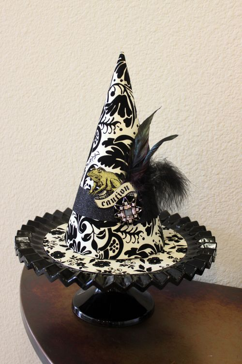 2011 Witch Hat + link to 2010 how to