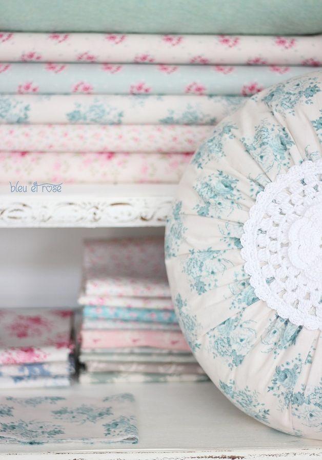 Tilda cushion | Tilda Kissen mit Häkeleinsatz
