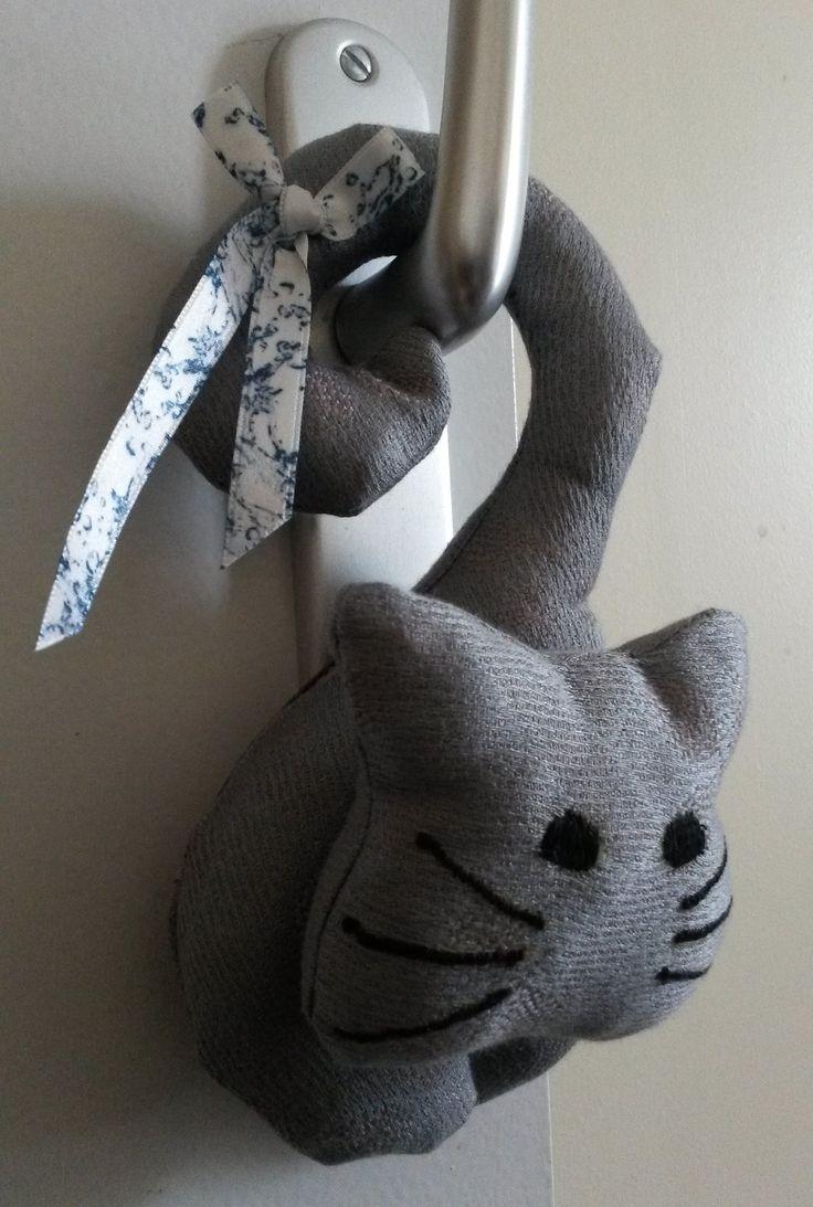 Coussin de porte chat : Textiles et tapis par gedeon