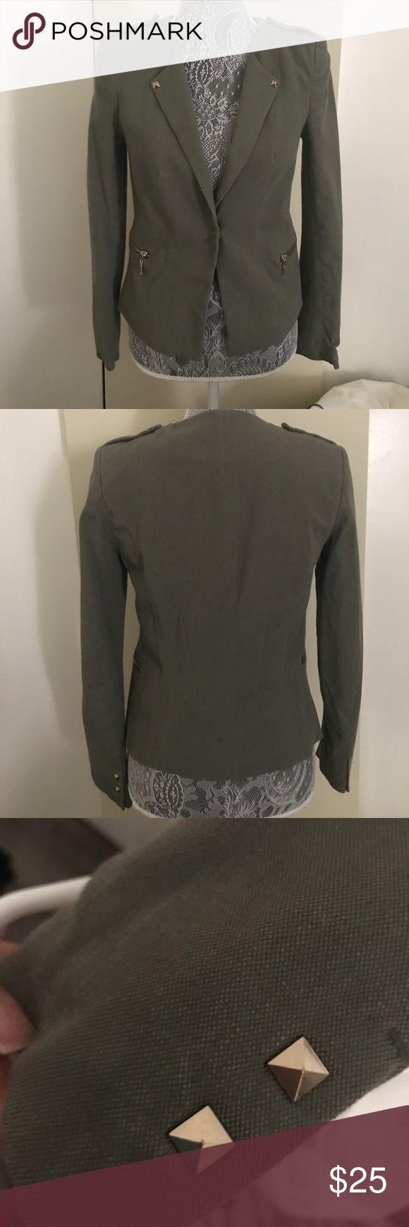 Olive green blazer Super cute olive green blazer H&M Jackets & Coats Blazers