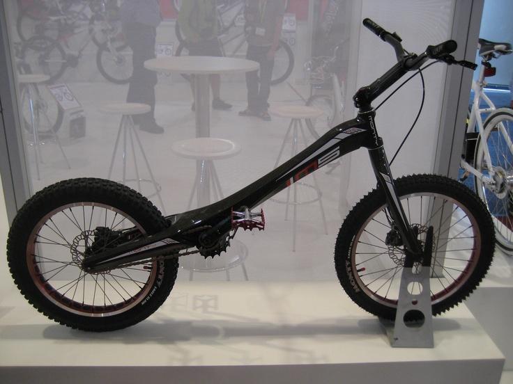 MONTY M5, la révolution est en marche !!! Trial bike
