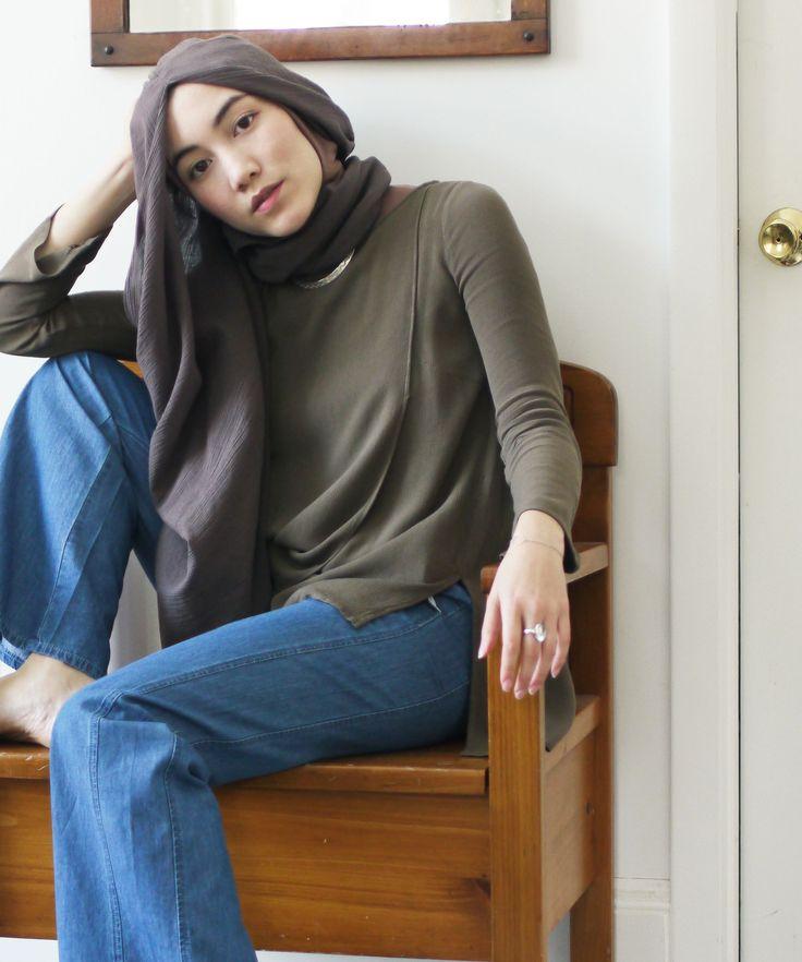 This Hijabi Fashion Blogger Is Bringing Modest Clothing To The Masses #refinery29 http://www.refinery29.com/2016/02/103962/uniqlo-hijab-tutorial-hana-tajima