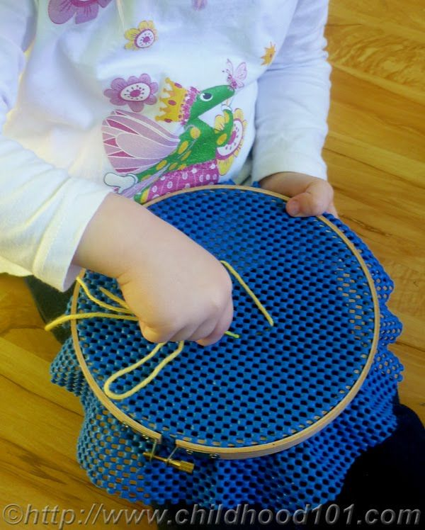 Toddler friendly sewing. Wow, this is cool! A great way to keep the littles occupied