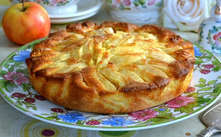 Ez az egyik legfinomabb olasz almatorta. És pofonegyszerű az elkészítése.