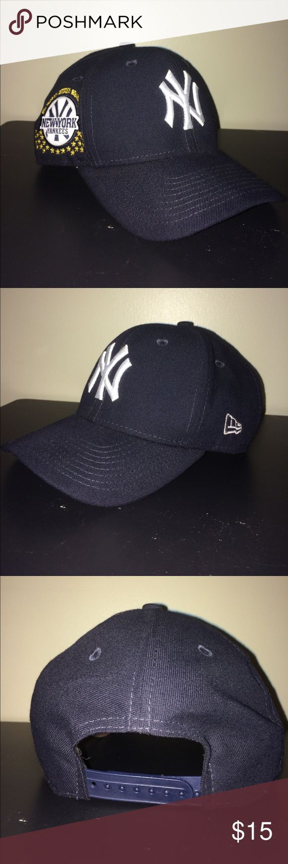 New era Yankees snap back hat men's New era Yankees snap back hat. Worn few times in good condition. No stains, holes, or tears. New Era Accessories Hats