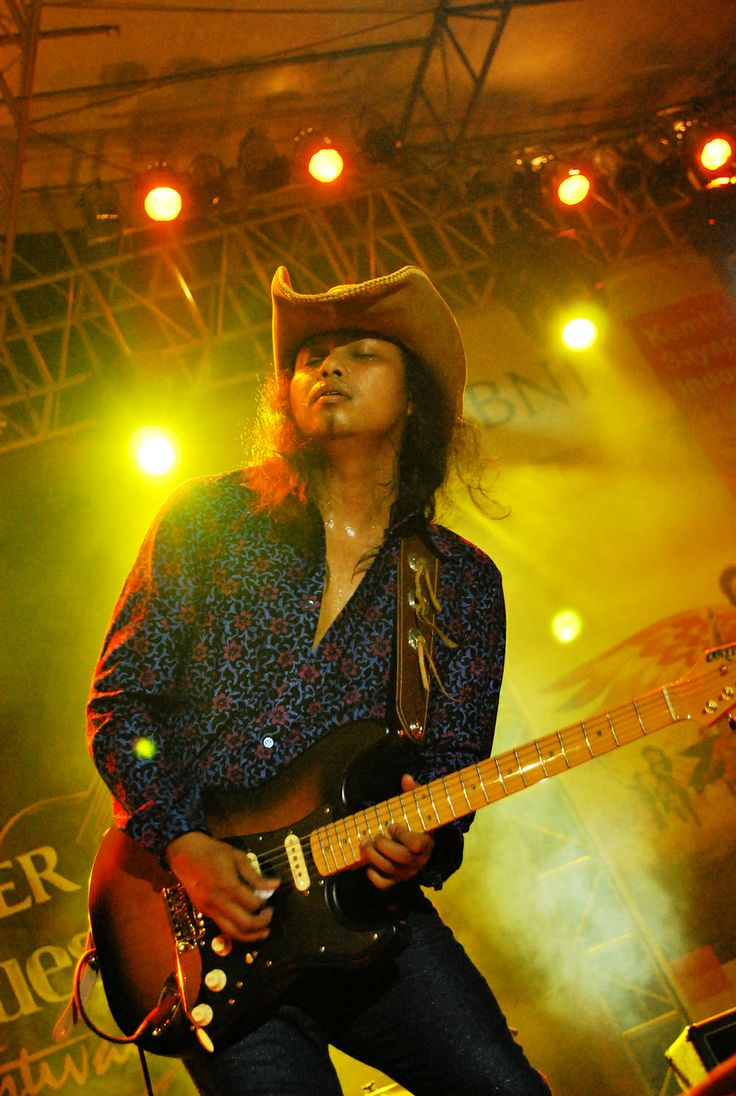 Gugun Blues Shelter live at Jakblues Festival, Jakarta, Indonesia. #pixelpaper #stagephotography